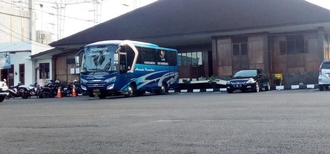 Bus Medium Armada Penantian Utama
