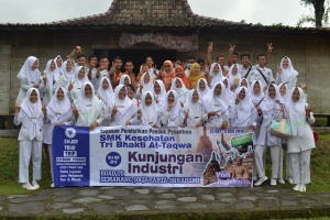Kunjungan di Merapi Farma Herbal
