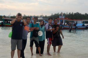 Crew Citrani Wisata di Pahawang