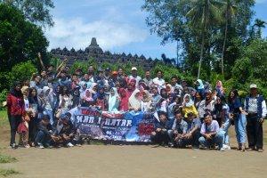 Kunjungan SMAN 1 Natar di Candi Borobudur