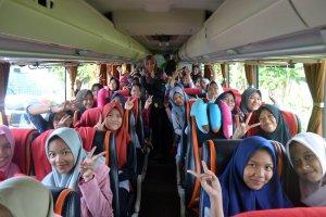 Suasana di Bus
