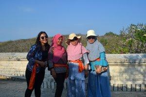 Kunjungan di Pura Uluwatu